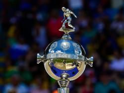 Detalle del trofeo de la Copa Libertadores. (Foto: Imago)