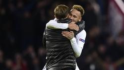 Thomas Tuchel bejubelte mit Neymar den Sieg im Ligapokal (Symbolbild)