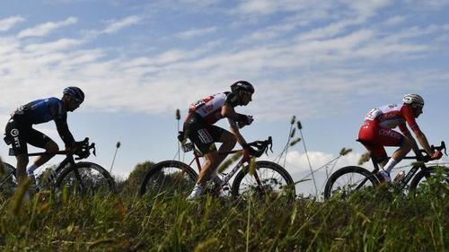 Der Giro wird zu einem Sekundenduell