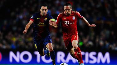Xavi (l.) will offenbar mit Franck Ribéry zusammenspielen