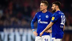 Erhalten Bastian Oczipka (l.) und Daniel Caligiuri neue Arbeitspapiere beim FC Schalke 04?