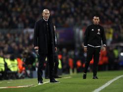 Zidane en la banda del Camp Nou el miércoles.