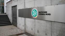 Die 2. Frauen-Bundesliga wird zweigleisig