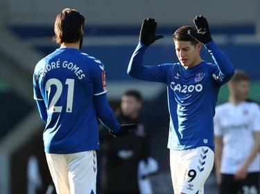 James dio una asistencia en el duelo del Everton.