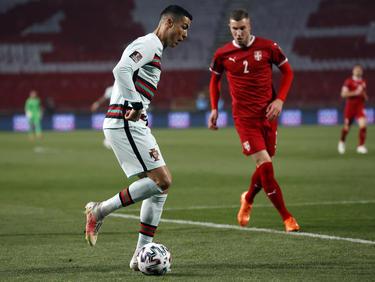 Cristiano en un lance del encuentro frente a Serbia.