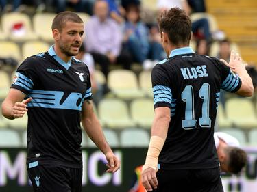 Miroslav Klose (r.) hat momentan einen Lauf