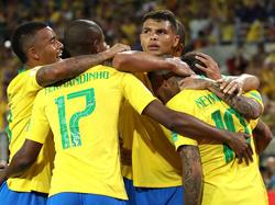 Brasilien steht als Gruppenerster im Achtelfinale