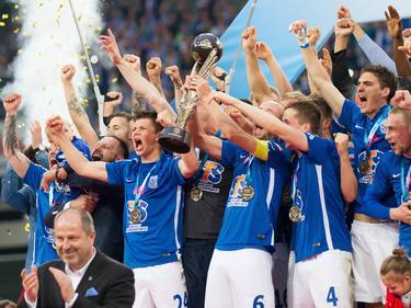 Lech Poznań celebra el campeonato polaco, el séptimo de su historia. (Foto: Imago)