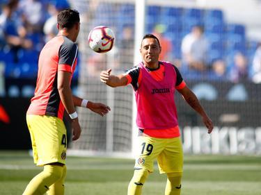 Santi Cazorla bromea en un calentamiento del Villarreal. (Foto: Imago)