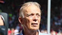 Saß beim ersten Heimspiel des SC Freiburg im Dreisamstadion an der Seitenlinie: Volker Finke