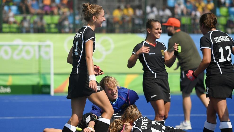 Die deutschen Hockey-Frauen gewannen gegen Südafrika