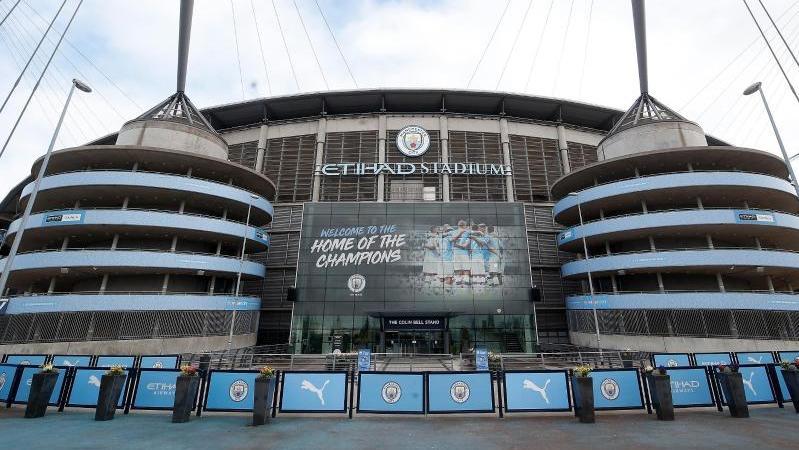 Manchester City will seine Mitarbeiter für verschobene Spiele bezahlen