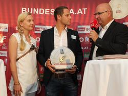 Harald Lechner wurde als bester Bundesliga-Schiedsrichter geehrt