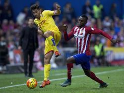Álex Menéndez con el Gijón contra el Atlético de Madrid. (Foto: Getty)