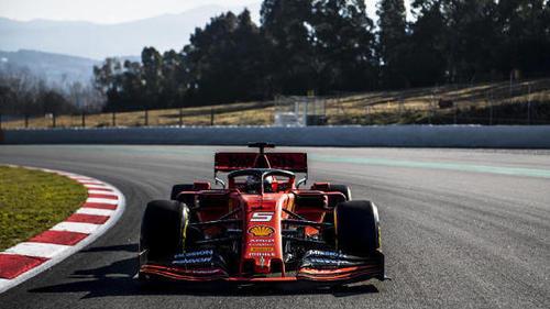 Sebastian Vettel fuhr am Sonntag den SF90 zum ersten Mal