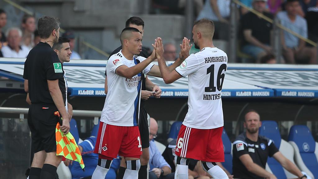 Bobby Wood (l.) und Lukas Hinterseer (r.) könnten beim HSV neue Konkurrenz im Sturm bekommen