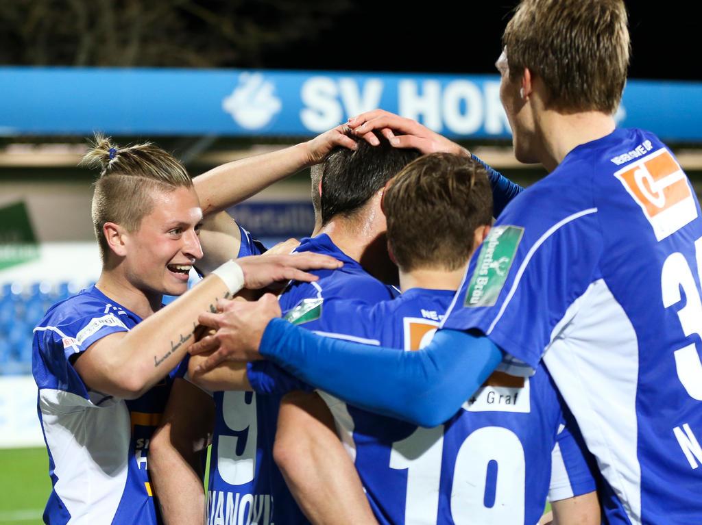 Der SV Horn darf sich über den Meistertitel in der Regionalliga Ost freuen