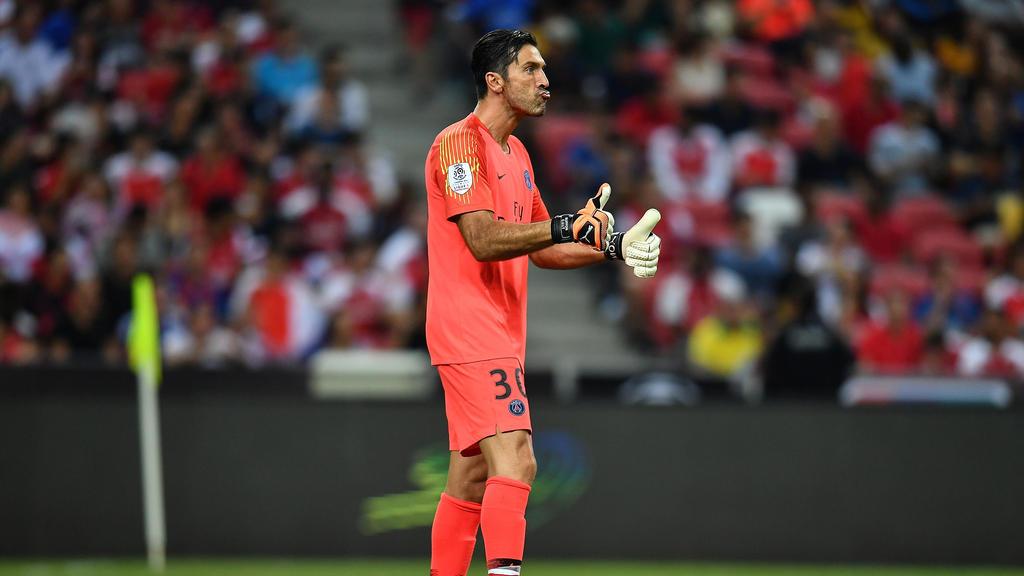 0a3f28b38 Ligue 1 » acutalités » Say I m your No.1  goalkeeper Buffon faces ...