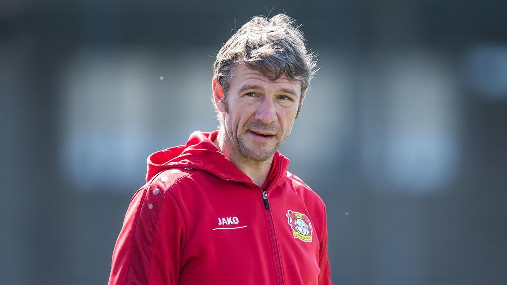 Markus von Ahlen, Trainer der Leverkusener U19, muss sich mit einem Remis in der Youth League begnügen
