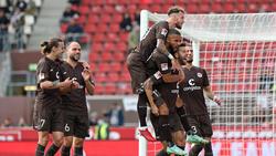 Der FC St. Pauli grüßt von der Tabellenspitze