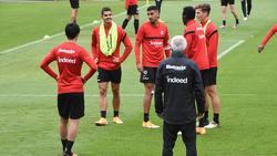 Ali Akman wird nun schon früher als gedacht am Training der Eintracht teilnehmen