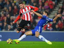 Connor Wickham (l.) bleibt Sunderland langfristig erhalten