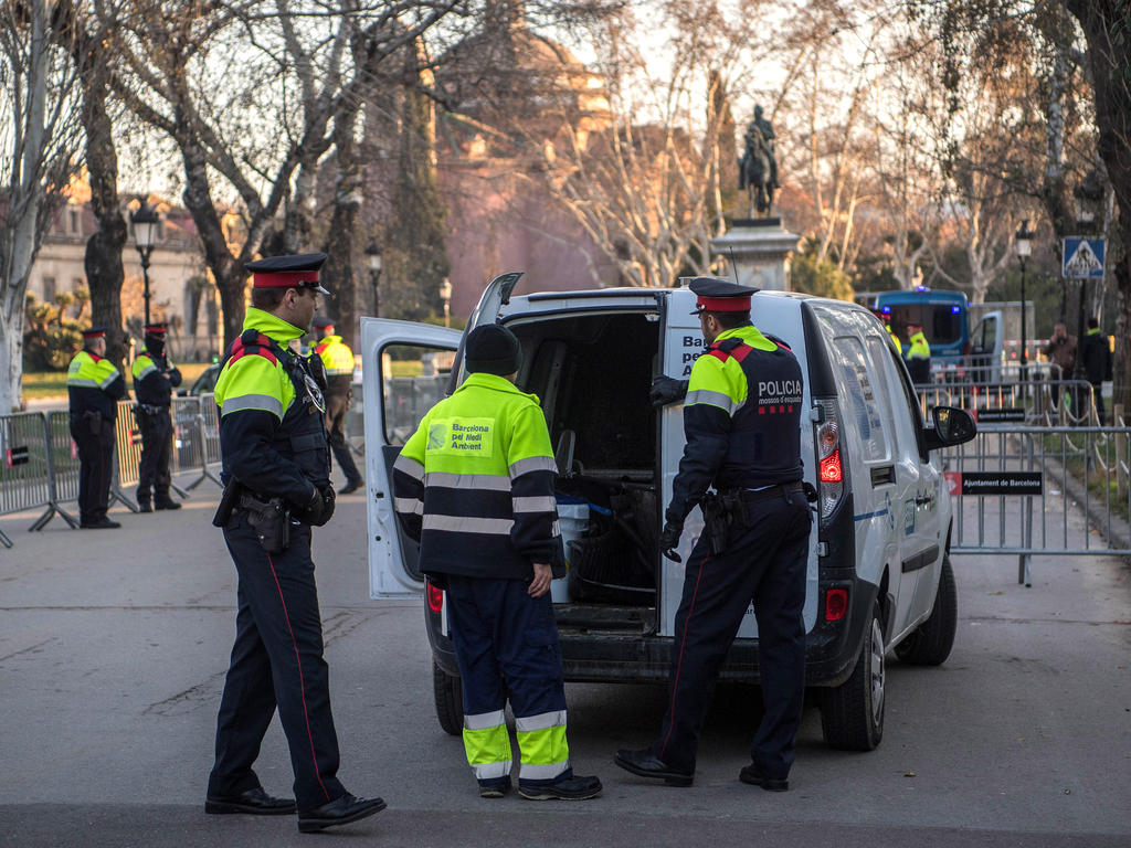 Auch in Barcelona war die Polizei wegen der Betrugsvorwürfe im Einsatz