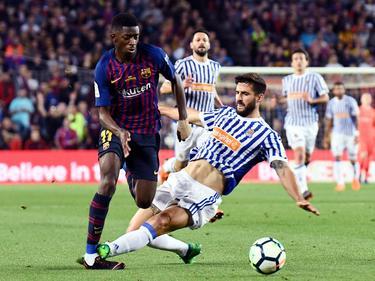 Raúl Navas dobló el tobillo derecho al atacante galo del Barça. (Foto: Imago)