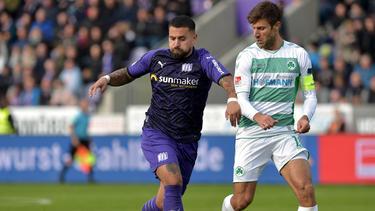 Marcos Álvarez (l.) verlängert seinen Vertrag in Osnabrück nicht