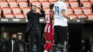 Trainer Diego Simeone (l.) und Atlético Madrid feierten eine gelungene Generalprobe für das Spiel gegen Bayern