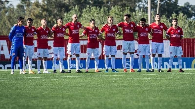 Rentistas disputará la gran final de Uruguay,