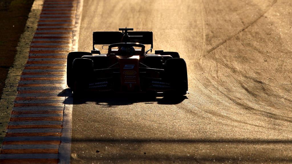 Sebastian Vettel dreht auch in der Nachmittagssession fleißig seine Runden