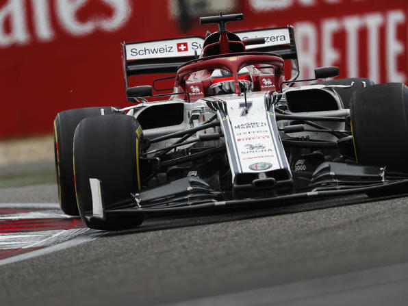Kimi Räikkönen fährt in China auf Rang neun