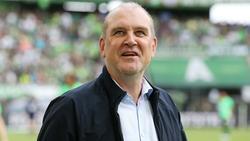 Teile der Fans des 1. FC Köln bedachten Schmadtke mit Schmähgesängen