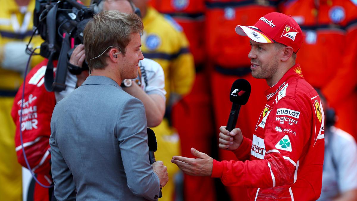 Nico Rosberg (l.) glaubt, dass Sebastian Vettel in die Erfolgsspur zurückfindet
