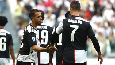 Miralem Pjanic (l.) und Cristiano Ronaldo erzielten die Treffer für Juventus