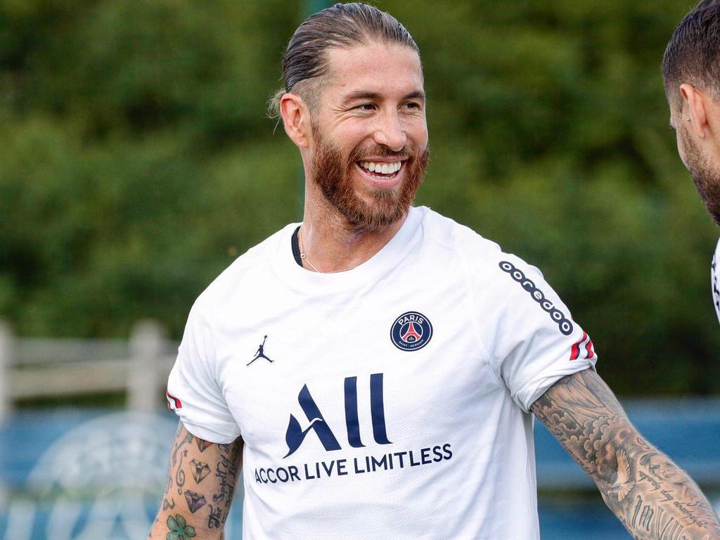 Ramos en un entrenamiento con los parisinos.