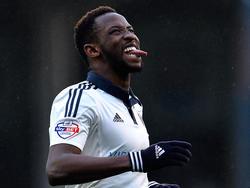 Moussa Dembélé baalt van een grote kans die hij mist tijdens de wedstrijd Fulham - Charlton Athletic. (20-02-2016)