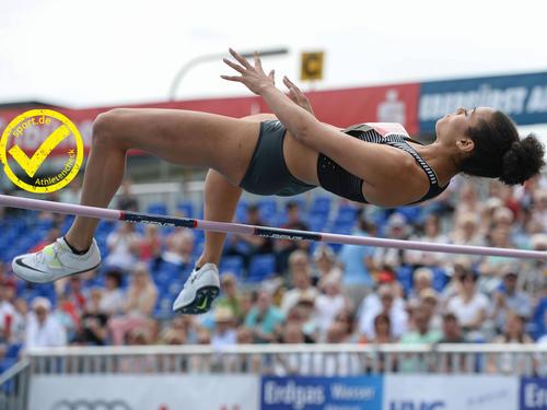 Marie-Laurence Jungfleisch bei ihrem Zwei-Meter-Sprung in Eberstadt