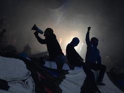 Die HSV-Fans ließen ihrem Frust nach der Heimpleite freien Lauf