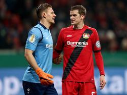 Hinter den Einsätzen von Bernd Leno und Sven Bender steht ein Fragezeichen