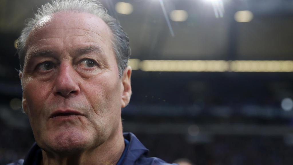 Huub Stevens nach Sieg des FC Schalke 04 erleichtert