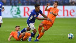 Rodrigo Zalazar (M.) spielte mit seinen Schalkern nur Remis