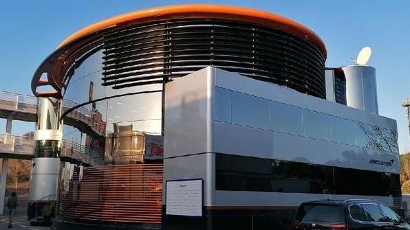 Aus Angst vor Corona hat in Barcelona nicht jeder Zutritt zum McLaren-Motorhome