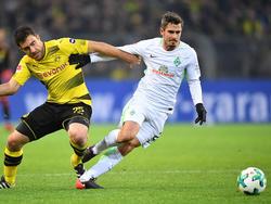 Werder Bremens Fin Bartels verletzte sich beim Spiel gegen den BVB im Dezember