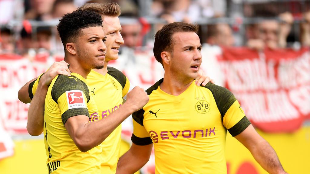 Marco Reus (M.) und Mario Götze (r.) äußerten sich nach dem klaren Sieg in Freiburg