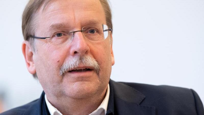 Rainer Koch bestätigte, dass der ursprüngliche EM-Plan bestehen bleibt