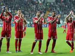 Die Bayern-Profis verabschiedeten sich mit Applaus aus Istanbul