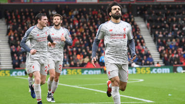 Mohamed Salah (r.) traf dreifach in Bournemouth