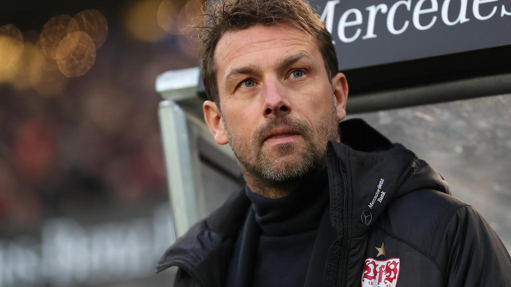 VfB-Trainer Markus Weinzierl ist froh, dass Benjamin Pavard immerhin noch bis zum Sommer in Stuttgart bleibt